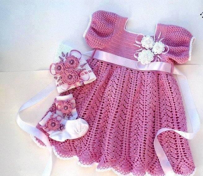 Kız Bebek Elbisesi Modelleri