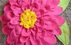 Polar Malzemeden Çiçek Yastık Yapımı – Resimli Anlatım