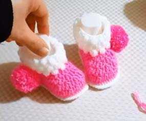 Kolay Tığ İşi Bebek Patiği Yapılışı